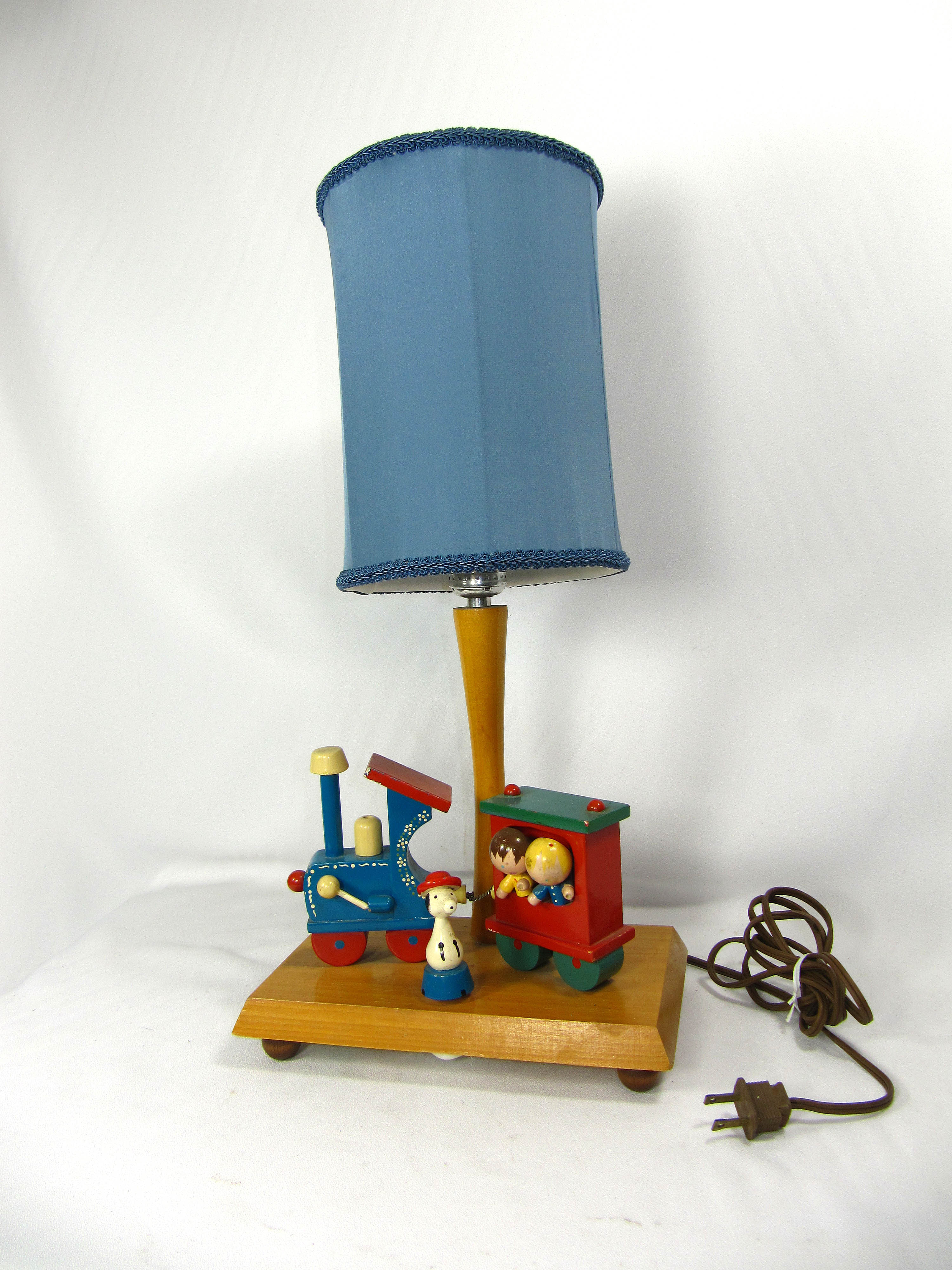 Judi S Lampshades Inc Specializing In Handmade One Of A